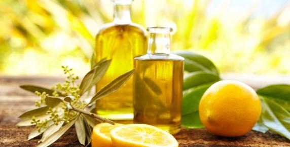 Huile essentielle citron - L huile essentielle d arbre a the ...
